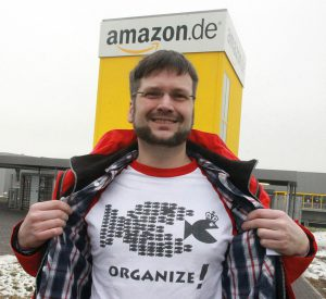 ver.di übergibt Petition an AMAZON