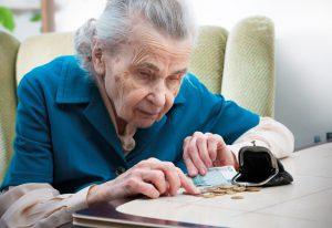 In Deutschland müssen viele Menschen trotz jahrzehntelanger Beitragszahlung mit Renten unter der Armutsgrenze auskommen. (Alexander Raths - Fotolia)