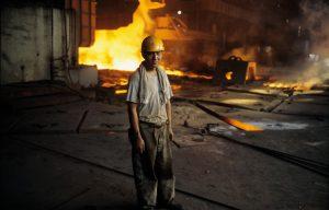 Chinesisches Lohndumping hat auch Auswirkungen auf den österreichischen Arbeitsmarkt (Foto: © Lou Linwei - Mauritius Images)