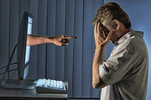 Das Internet vergisst nicht. Es ist daher unumgänglich im Umgang mit Sozialen Medien Vorsicht walten zu lassen. Foto: mokee81/Fotolia