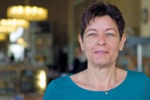 Martina Kronsteiner ist seit 2007 Betriebsratsvorsitzende des Unfallkrankenhauses der AUVA in Linz. Sie vertritt dort die Interessen von rund 420 Angestellten. Außerdem bekleidet sie das Amt der stellvertretenden Zentralbetriebsratsvorsitzenden der AUVA. Foto: Nurith Wagner-Strauss